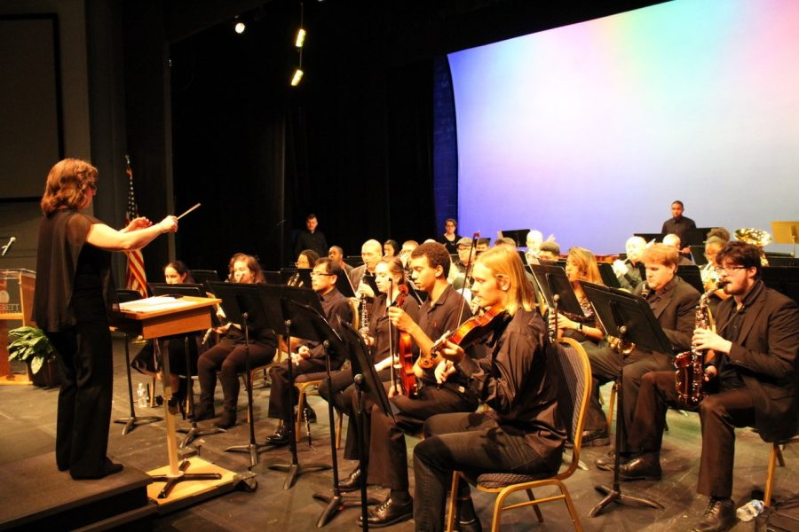 Averett Band Pop Concert Makes Great Start to Week Before Thanksgiving