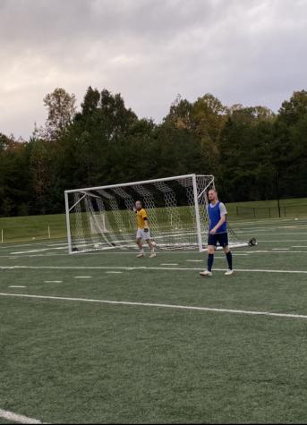 Seniors Colton Dutchess and Owen Story during AU men´s soccer practice
